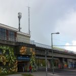 Gebäude U-Bahnhof Elsterwerdaer Platz wird für die IGA 2017 gemalert
