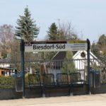 Blindenleitsystem entlang der U-Bahnlinie 5 und auf dem Bahnhof Biesdorf Süd